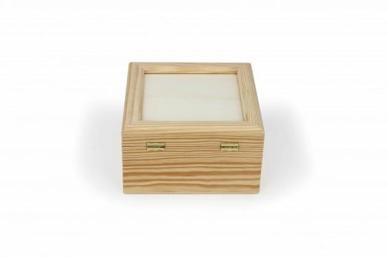 Caixa de madeira grande