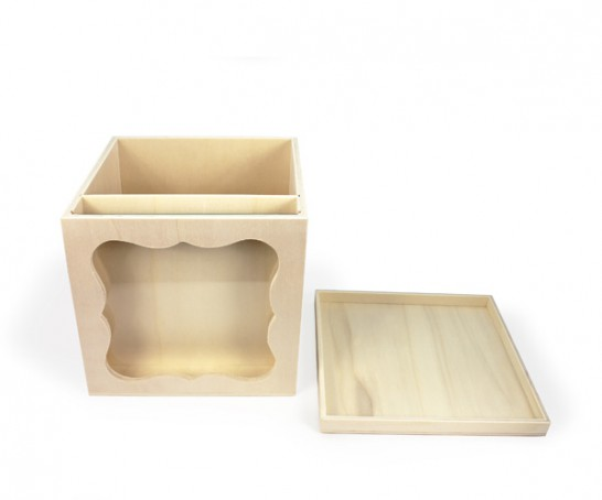 Caixa de madeira multifunções com tampa e mostrador em vidro