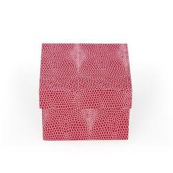 Caixa de cartão cor-de-rosa